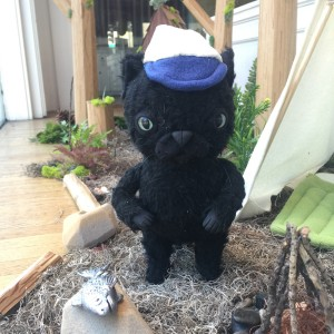Summer Cat with White Hat by Yetis & Friends